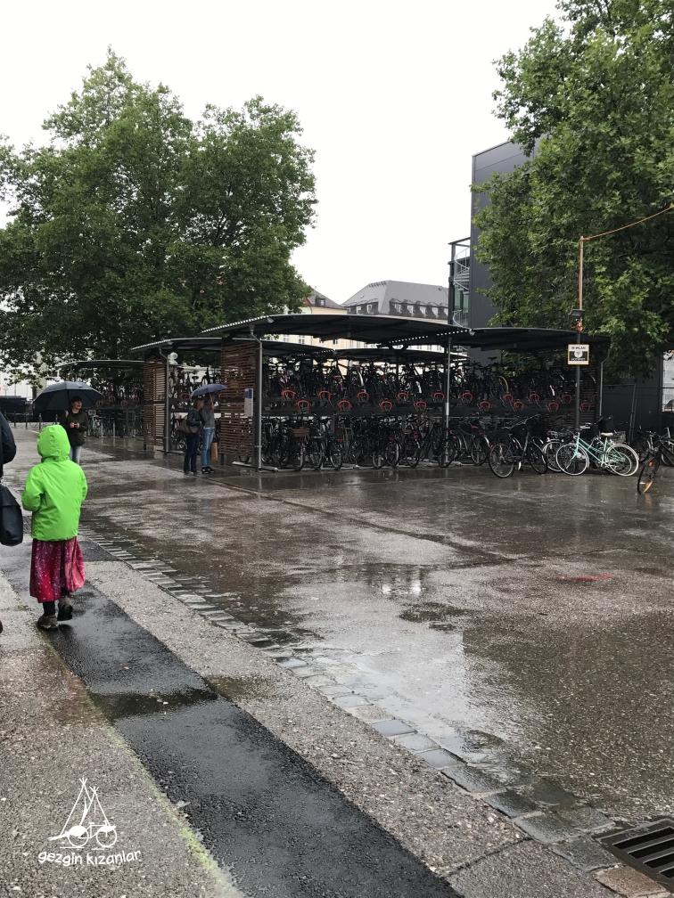 Münih Bisiklet Parkı