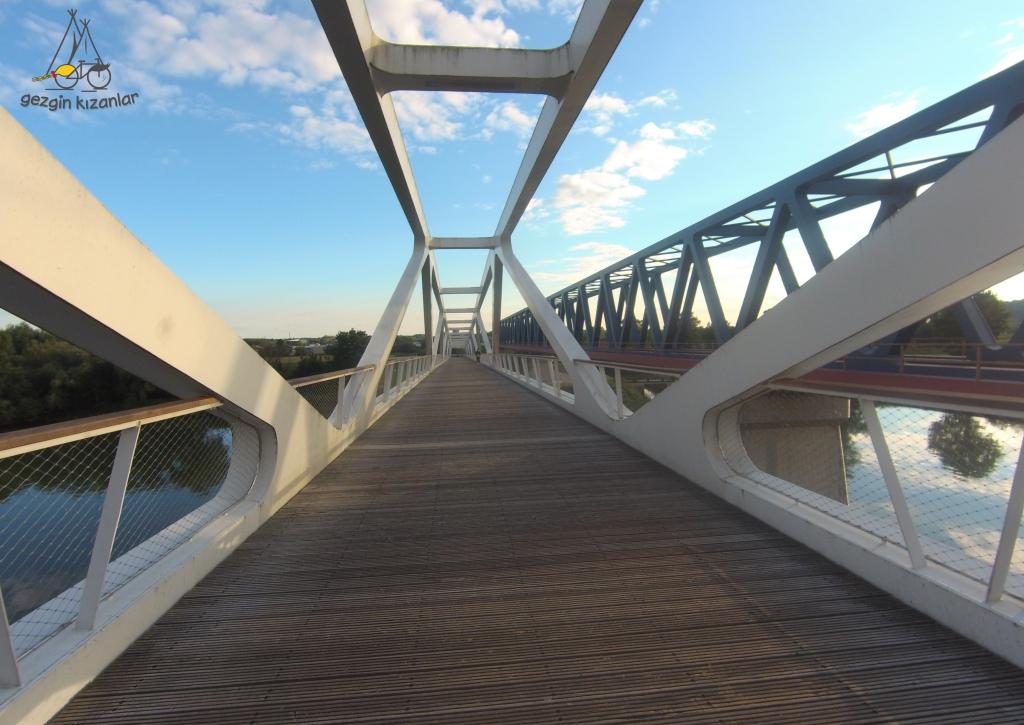 Deggendorf Bisiklet Köprüsü