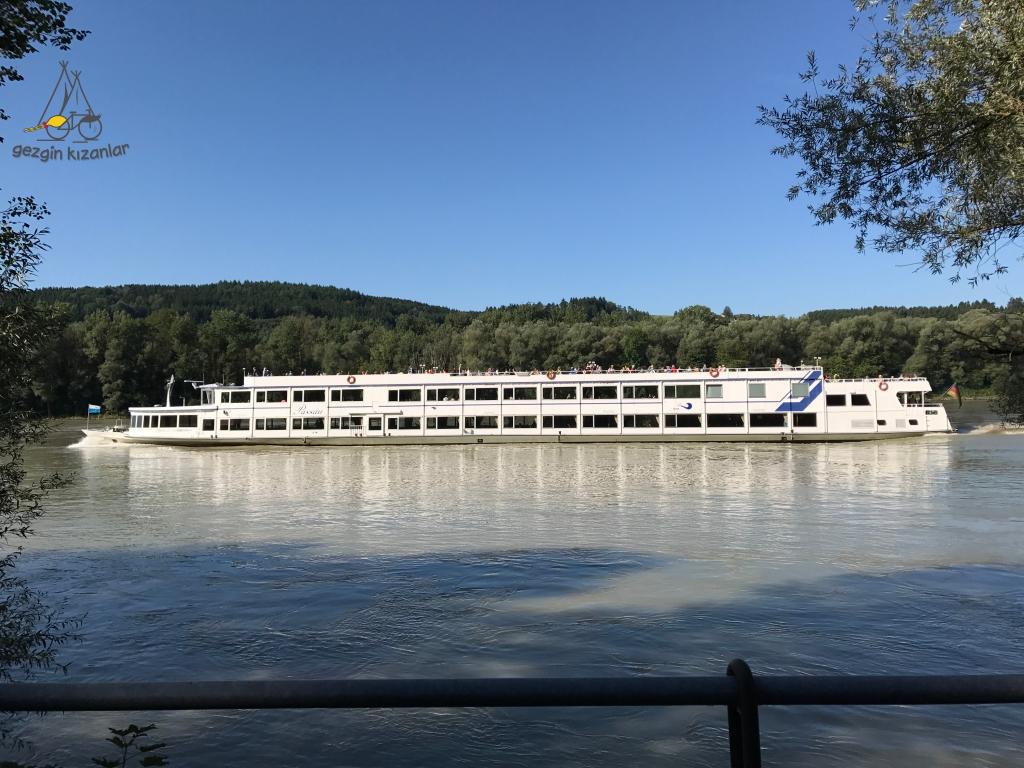 Tuna Nehri Kruvaziyer
