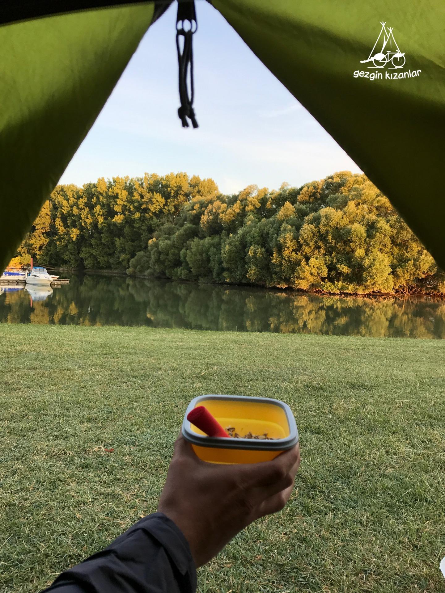 Çadırda Kahvaltı
