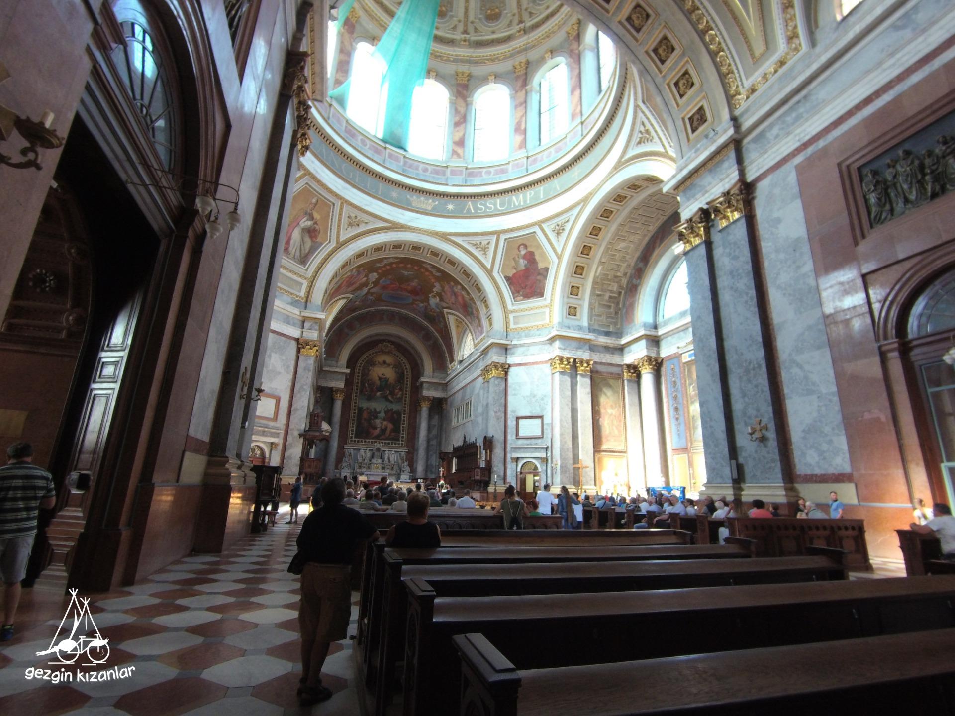 Estergon Bazilika İçi