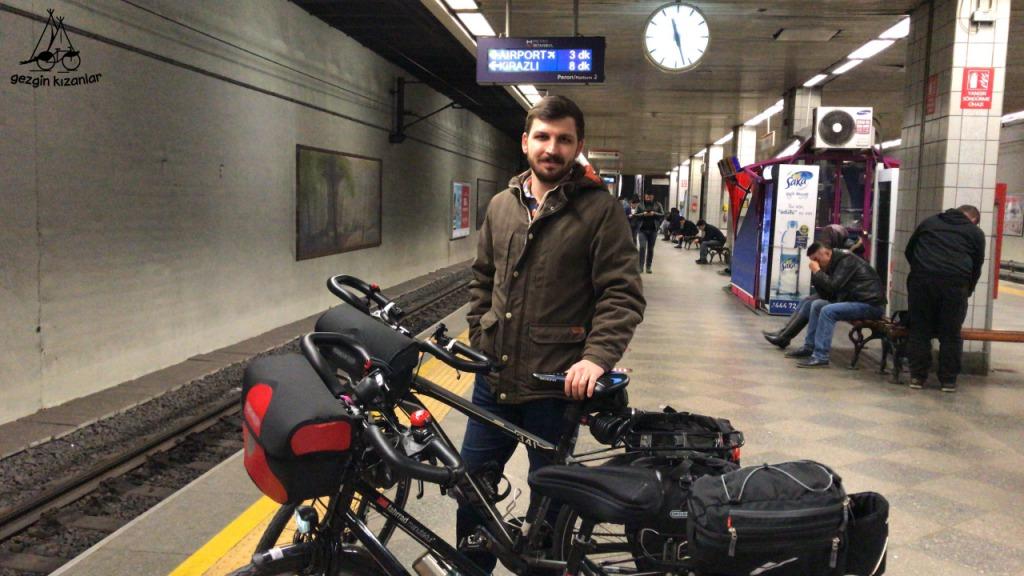 İstanbul Metro Bisiklet