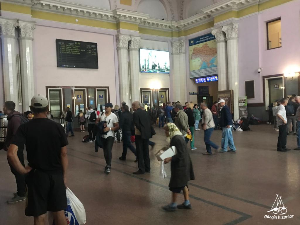 lviv-tren-istasyonu