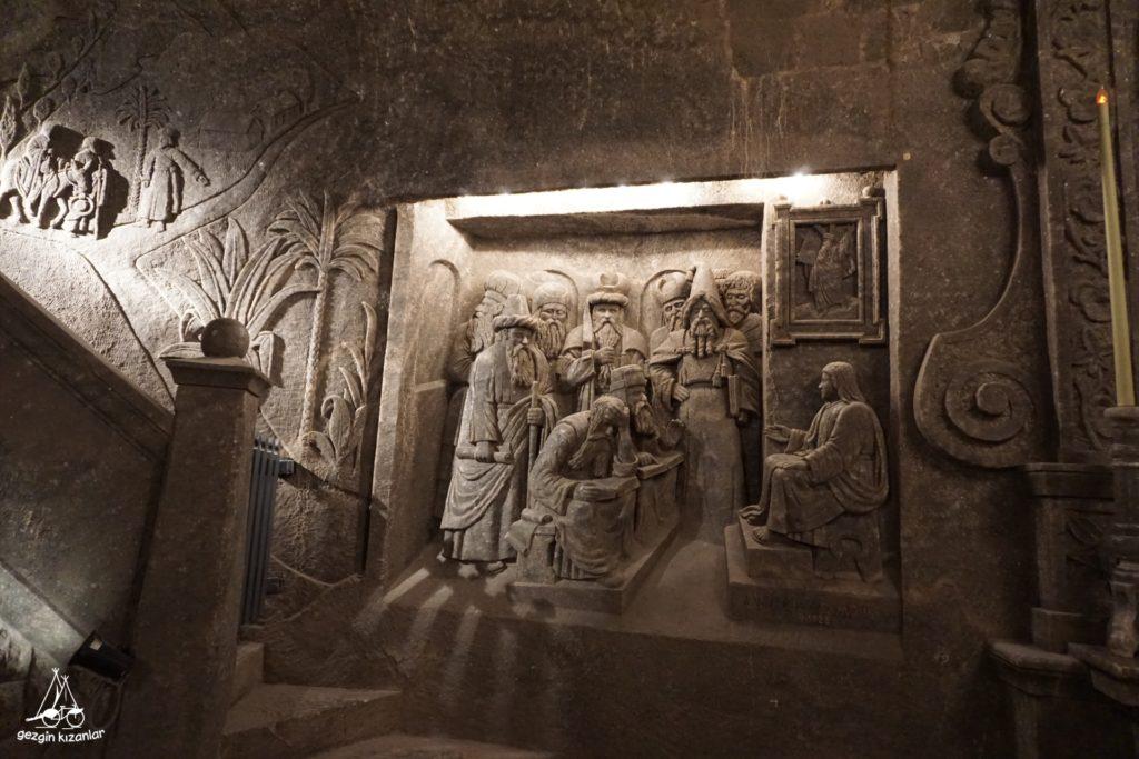 krakow-tuz-madeni-duvar-resmi