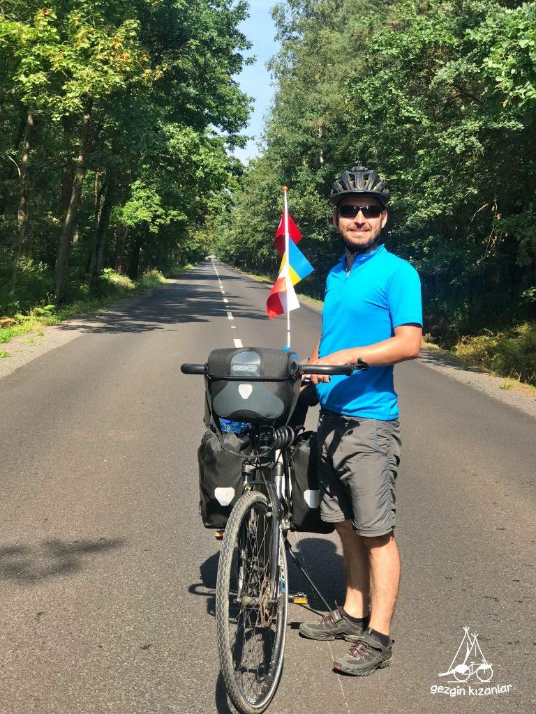 agac-yesil-bisiklet-gezgin