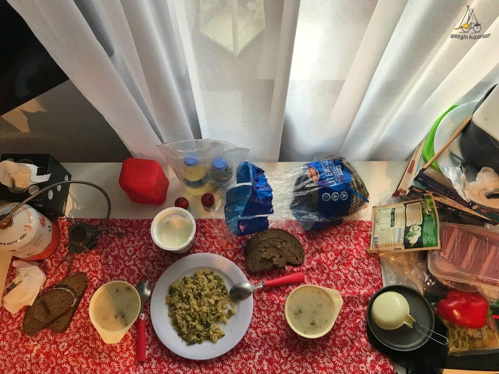 oswiecim-hotel-aksam-yemegi
