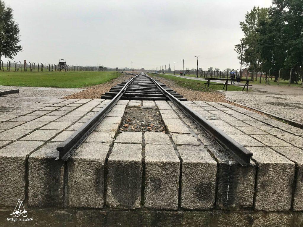 auschwitz-II-birkenau